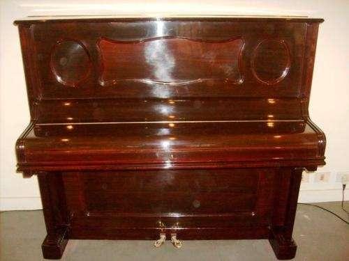 Fotos de lustrador de muebles antiguos restaurador de - Restaurador de muebles ...