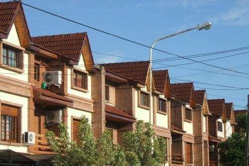Fotos de techos de tejas buenos aires oficios reformas for Tejas livianas para techos