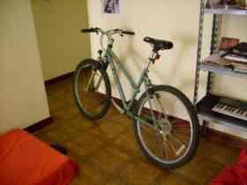 Fotos de vendo bicicleta marca GT