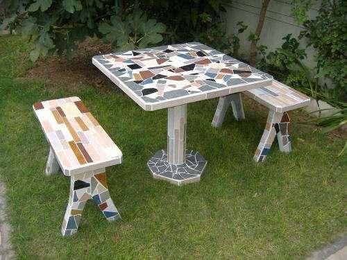 Fotos de mesas de jardin revestidas buenos aires casa for Mesa y banco de jardin