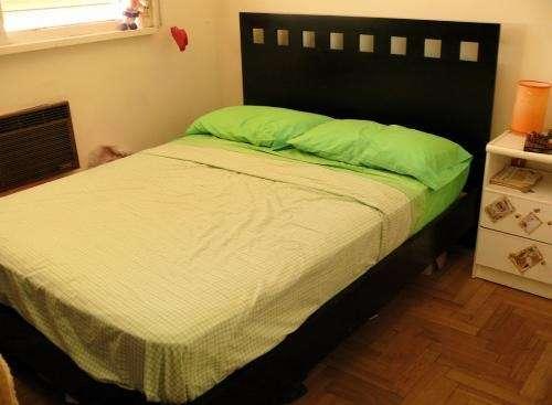 Fotos de vendo cama de 2 plazas con respaldo s colch n for Sillon cama 2 plazas capital federal