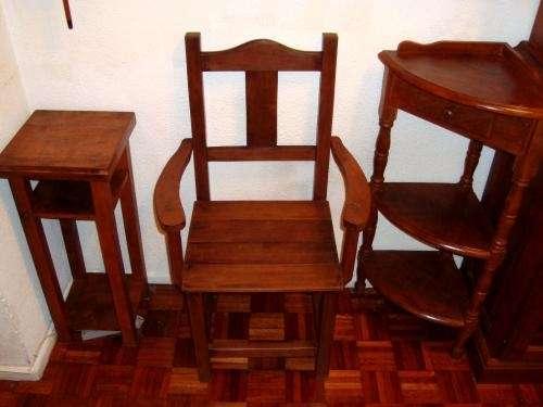 Fotos de Algarrobo combo, silla apoyabrazos, mesa y esquinero troneado