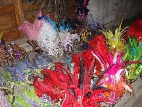 Fotos de venta de trajes de carnaval y accesorios buenos - Articulos carnaval ...