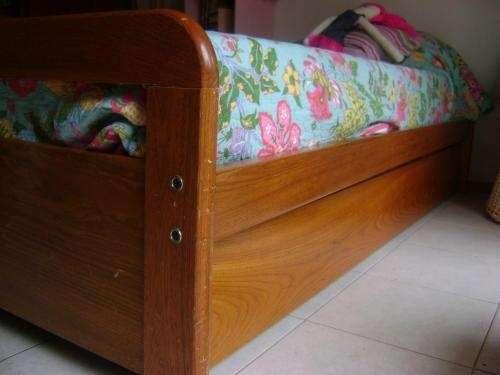 Fotos de cama 1 plaza madera roble perfecto estado for Sofa cama de madera 1 plaza