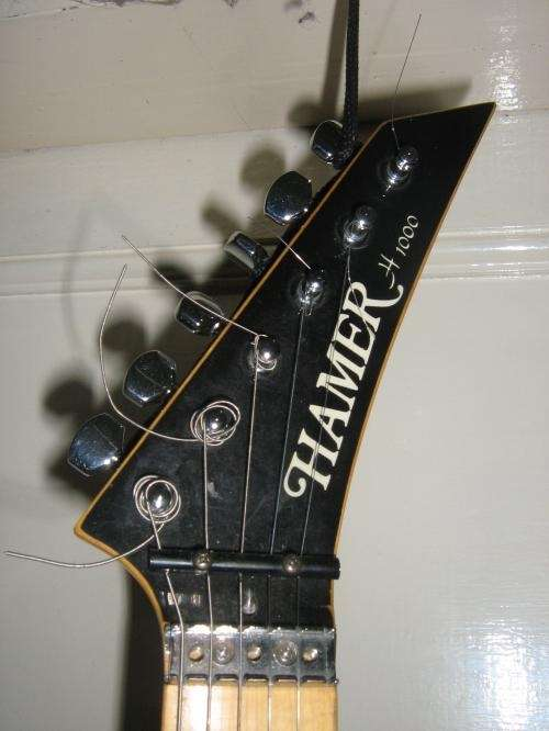 guitarra-electrica-hammer-usada-por-papo-blues-1561330988_9bf2d0d1_3.jpg