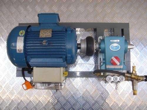 Fotos de hidrolavadoras industriales cat de alto for Compresor hidroneumatico