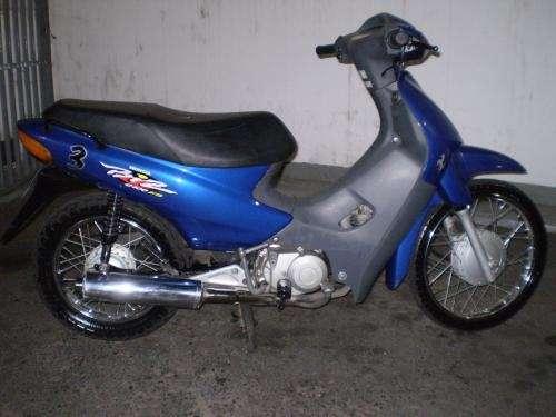 fotos de moto honda biz 100cc 2001 capital federal venta de autos motos. Black Bedroom Furniture Sets. Home Design Ideas