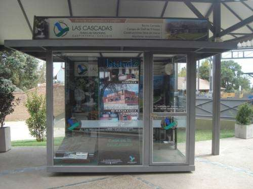 Fotos de kiosco de diarios stands box oficinas for Oficinas moviles