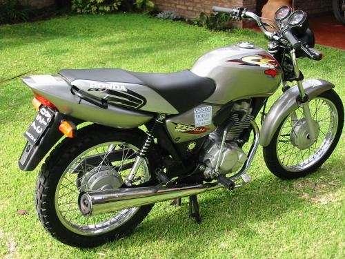 Fotos de Vendo moto honda cg 125. en Buenos Aires, Argentina