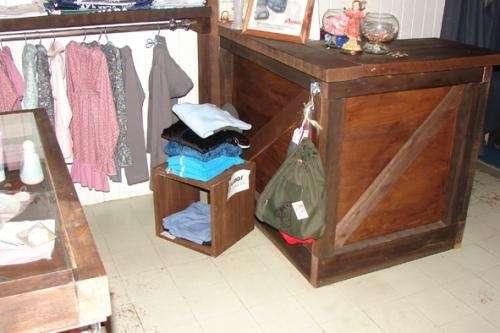 color wengue, esp para local de ropa en Santa Fe, Argentina Muebles