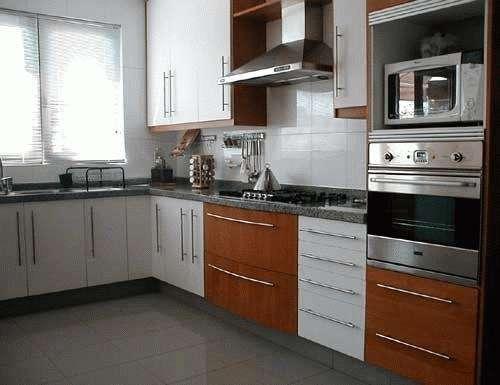 Muebles de cocina a medida,alacenas,escoberos,despenseros,mesadas en