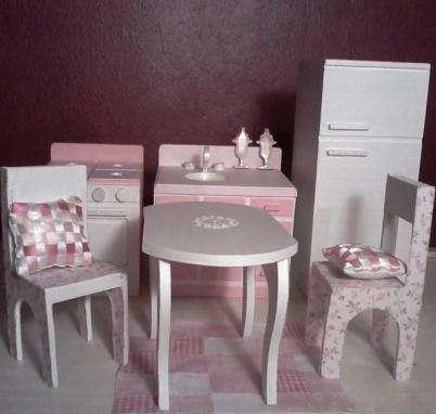 Juegos de cocina pintados a mano imagui for Muebles para barbie