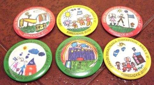 Distintivos para egresados en Buenos Aires - 464982