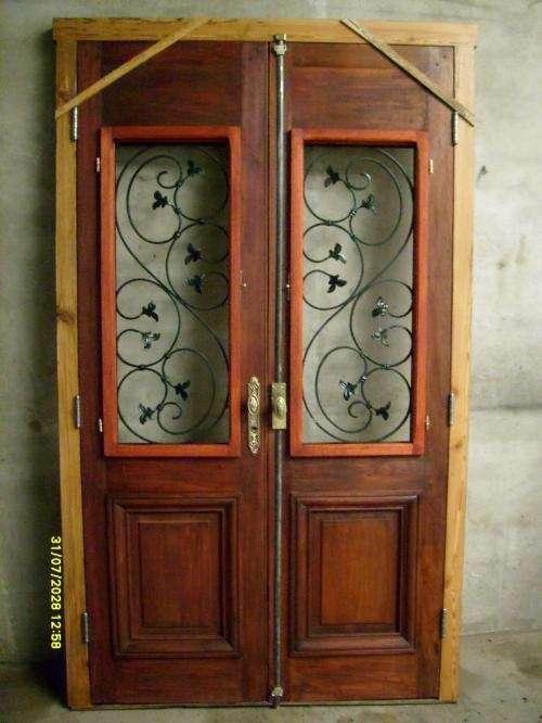 Pin fotos vendo puertas aluminio vidrio pictures on pinterest for Puertas antiguas de derribo