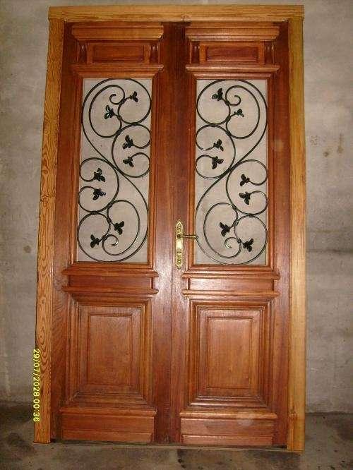 Pin fotos de aberturas antiguas puertas doble hoja frente for Puertas antiguas dobles