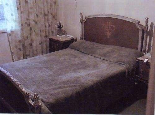 de dormitorio matrimonial estilo luis xv en Salta, Argentina  Muebles