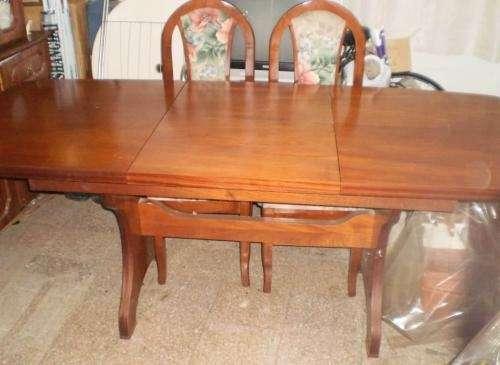 Juego de comedor de cedro mesa extensible y sillas tapizadas en ...