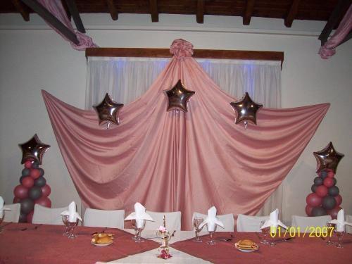 ornamentacion con telas y globos imagui