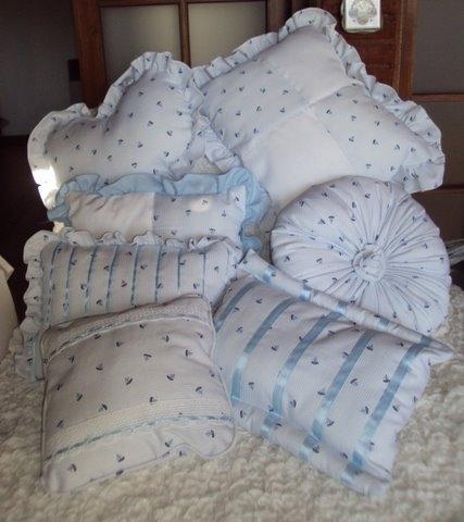 Fotos de vendo almohadones artesanales nicos tandil for Fabrica sillones montevideo