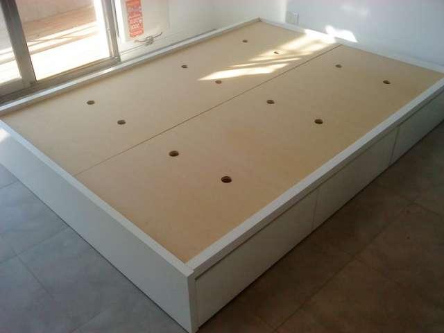 Muebles camas buenos aires for Cama para dos