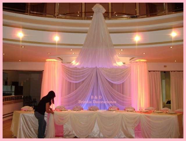 Decoracion con globos para bodas fotos arreglo jpg telas for Decoracion con telas