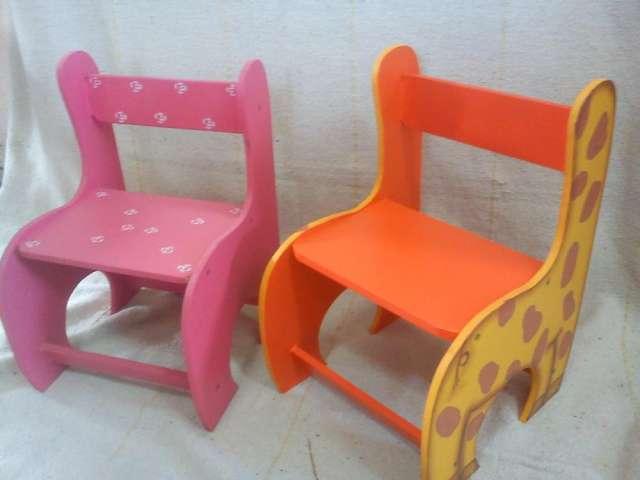 En donde puedo encontrar sillas para beb imagui imagui for Mesas y sillas para ninas