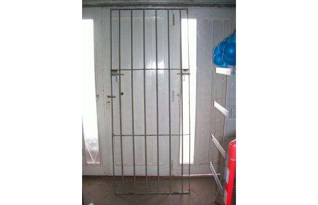 Puertas de jardin de hierro finest perfect puerta - Puertas de hierro para jardin ...