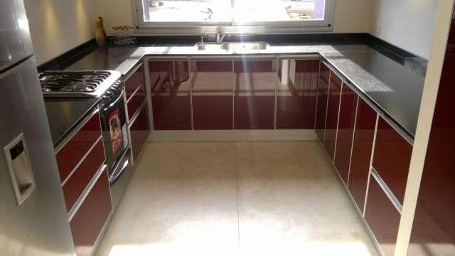 Muebles de cocina johnson buenos aires for Muebles buenos