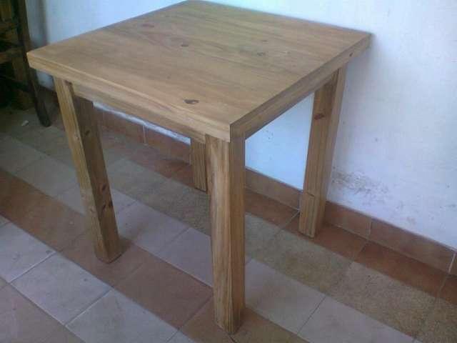 Muebles pino fabrica y arma sillas 20170724133744 for Mesas de madera para bar