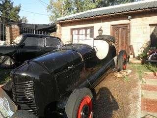 Venta de coches antiguos en uruguay col n argentina - Venta de escritorios antiguos ...