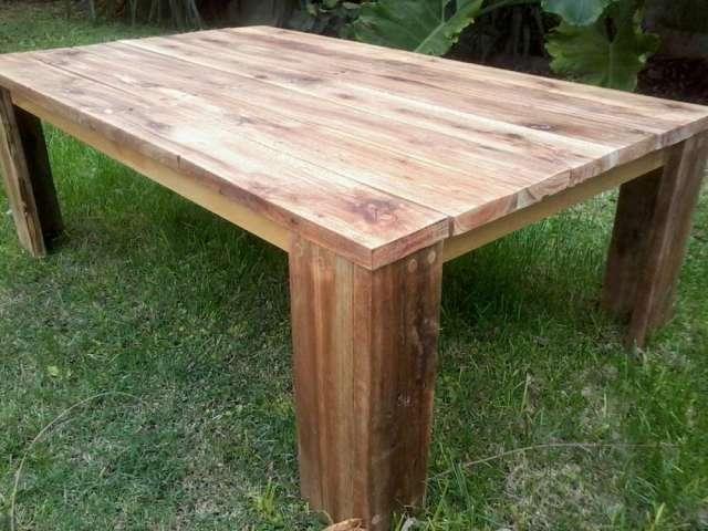 Mesa ratona r stica de madera reciclada en la plata - Mesas de cocina madera rustica ...