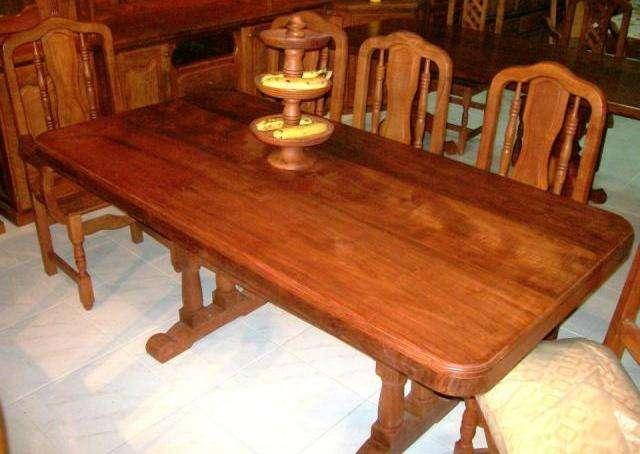 Muebles de algarrobo mesa y sillas 20170724052918 for Mesa algarrobo usada