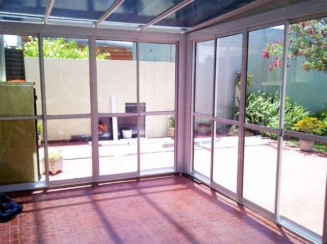 Cerramientos aluminio policarbonato materiales de construcci n para la reparaci n - Cerramientos para patios ...
