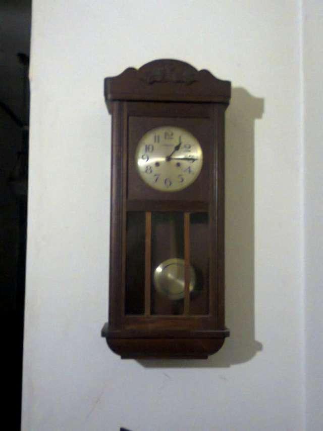 Restaurador ebanista muebles y relojes antiguos en - Restaurador de muebles madrid ...