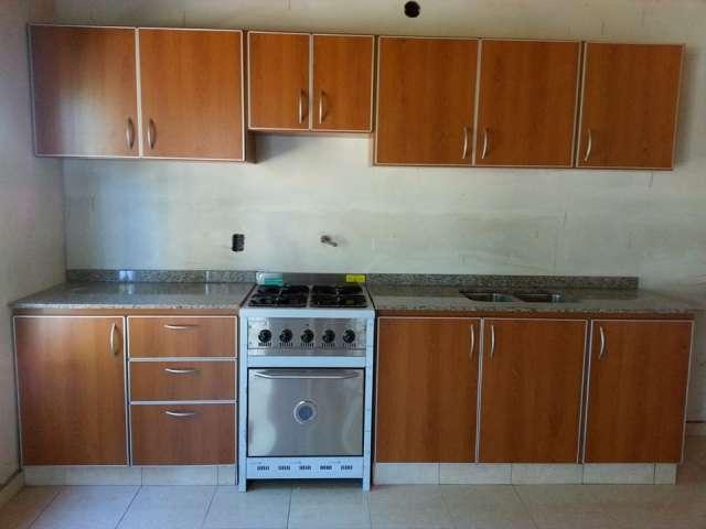 Fotos de mesadas de cocina marmoles granitos y silest en - Revestimientos para cocinas ...