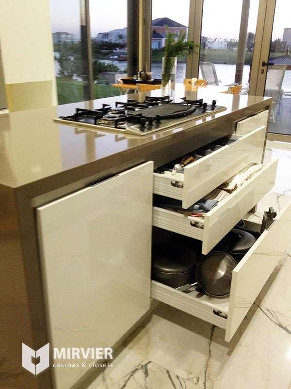 Muebles de algarrobo en lomas de zamora 20170714203524 for Muebles de cocina zamora
