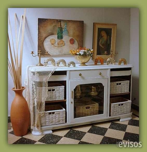 Muebles antiguos restaurados en blanco stunning de for Muebles antiguos vintage