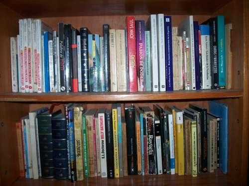 Compramos libros usados antiguos y modernos