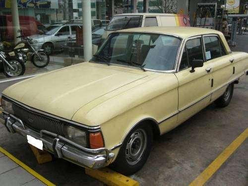 Vendo ford falcon 1981 (de lujo)