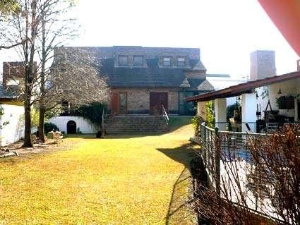 Vendo importante propiedad en bo. villa belgrano en cordoba argentina u$s 340.000,00 e/ofert
