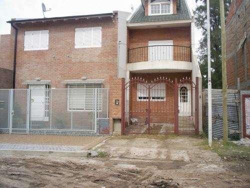 Casas - duplex - chalets - departamentos en villa celina
