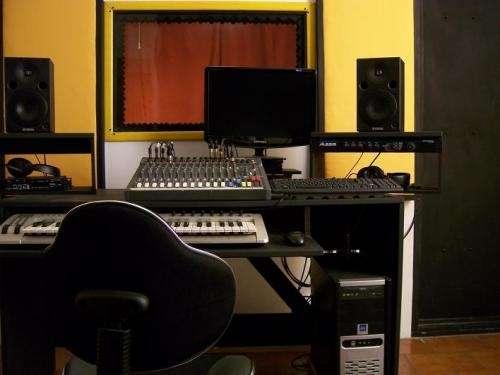 Fotos de Estudio zamba - grabación y producción musical 3