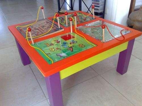 Mesas de juegos magnéticos intercambiables