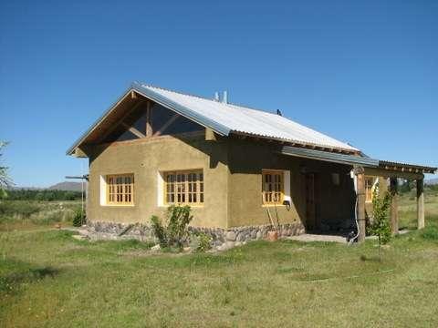 Vendo en villa 25 de mayo, cabaña junto al río