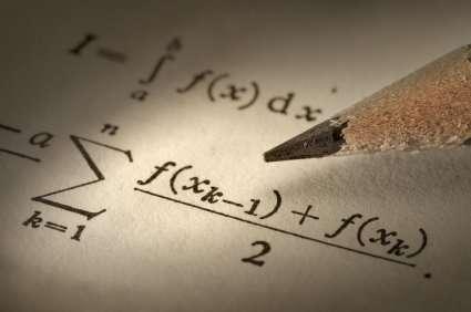 Profesor universitario de matematica, fisica y quimica en caballito.