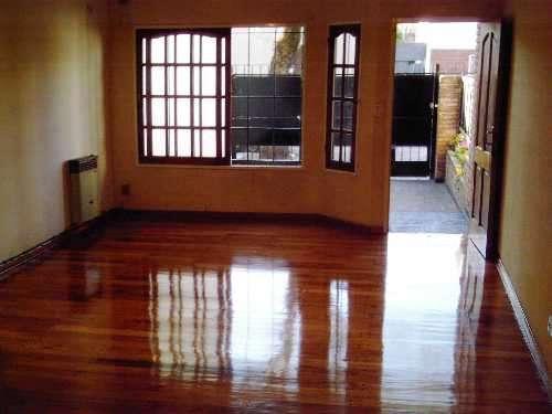 Triplex 240 m2 a nuevo a estrenar pintado pisos de madera pulidos y plastificados