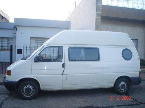Ofrezco camioneta para reparto o transporte de personas en mar del plata