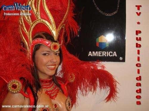 Batucadas tematicas , comparsa entrerriana y show de animacion coreografica.