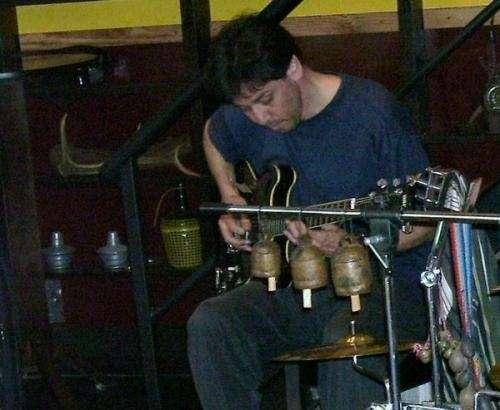 Clases de guitarra, piano, improvisación, armonía y composición