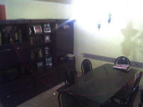Departamento tipo casa 3 ambientes, liniers